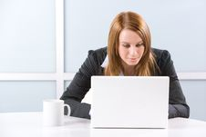 Free Business Woman Laptop Royalty Free Stock Photos - 10144758