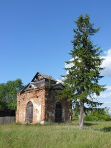 Free Ruin Of Chapel Royalty Free Stock Photography - 10144947