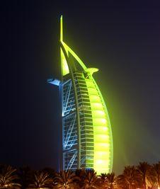 Free Burj Al Arab Glowing At Night In Green Royalty Free Stock Photos - 10145888