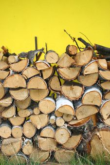 Free Stacked Winter Logs For Heating Royalty Free Stock Photo - 10146365
