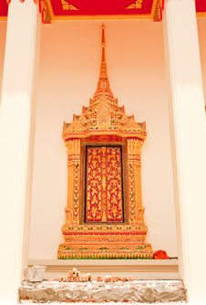 Free Traditional Thai Style Church Window Royalty Free Stock Image - 10154896