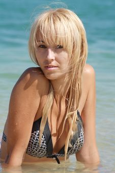 Free Blonde And Blue Sea Royalty Free Stock Image - 10155936