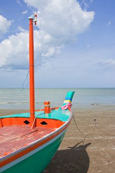 Free Boat On Beach In Thailand Stock Image - 10158361