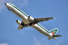 Free Alitalia Airline Airplane Fleet Royalty Free Stock Photography - 101541397