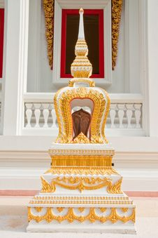 Free Traditional Thai Style Architecture Royalty Free Stock Images - 10161479