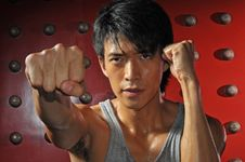 Free Asian Man In Fighting Action Royalty Free Stock Images - 10162009