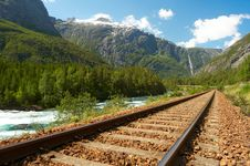 Free Railway In The Mountains Stock Image - 10164701