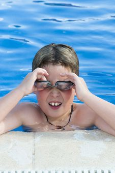 Free Swimming Stock Photography - 10164772