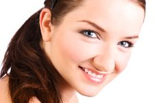 Free Beautiful Brunette Smiling Royalty Free Stock Photography - 10166797