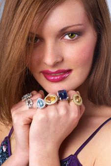 Free Beautiful Young Woman With Luxury Jewelry Royalty Free Stock Photos - 10167128