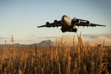 Free Military Airplane Takeoff Royalty Free Stock Image - 101606006