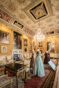 Free Harewood House The Cinnamon Drawing Room Stock Photography - 101606782