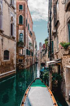 Free Architecture, Boat, Bridge, Buildings, Royalty Free Stock Images - 101639509