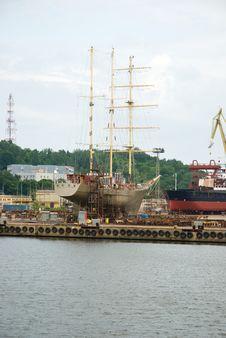 Free Port Of Gdynia, Poland Royalty Free Stock Image - 10172326