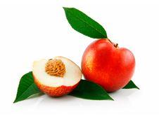 Free Ripe Sliced Peach (Nectarine) Royalty Free Stock Image - 10179956