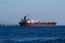 Free Cargo Ship Royalty Free Stock Photo - 10182905