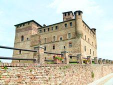 Free Grinzane Cavour Castle Stock Photo - 10183740