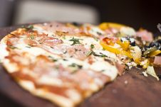 Free Pizza Stock Photo - 10184420
