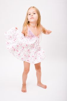 Free Beautiful Little Girl Royalty Free Stock Photography - 10189237