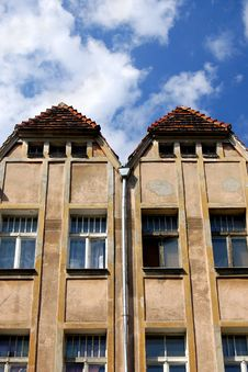Free Interesting Double Roof On Beautiful Blue Sky Stock Photography - 10195102