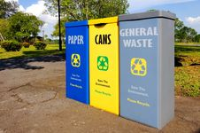 Free Recycling Bins Royalty Free Stock Images - 10198589