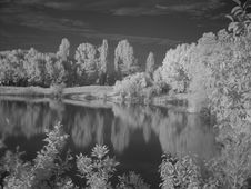 Free Lake In Infra Red Royalty Free Stock Photos - 1026658