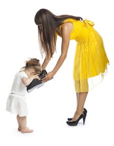 Free Woman And Her Daughter Royalty Free Stock Photography - 10200547