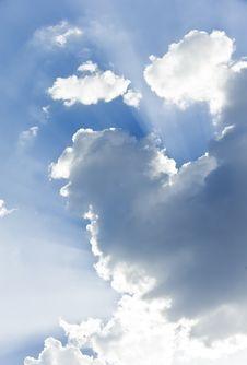 Free Sunbeams Behind Clouds Stock Photo - 10201150