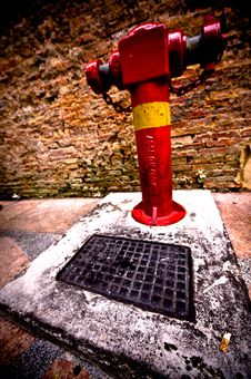 Free Red Hydrant And Cigarette Butt Stock Image - 10202241