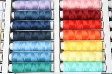 Free Colorful Bobbins In A Box Royalty Free Stock Images - 10202759