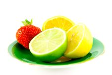 Free Citrus Fruit On A Green Plate Royalty Free Stock Photos - 10203908