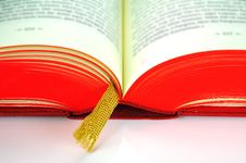 Free Opened Book With Golden Bookmark Stock Photography - 10205902
