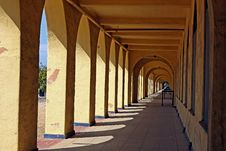 Free Historic Arched Walkway Royalty Free Stock Photography - 10206767