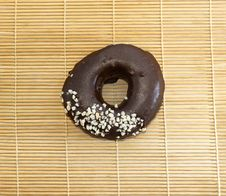 Free Chocolate Donut Royalty Free Stock Photos - 10210998
