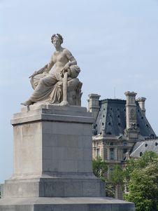 Free Paris, Statue On The Seine Stock Photography - 10214362