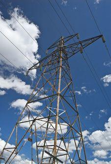 Free Rusty Power Line Mast Royalty Free Stock Photography - 10216827