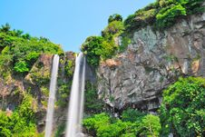 Free Low Shot Of Majestic Waterfall Royalty Free Stock Photo - 10221015