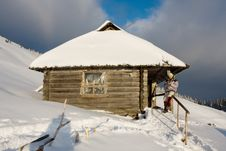 Free Winter House Stock Image - 10223791