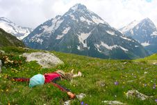 Free Hiker Lies Royalty Free Stock Photography - 10225257