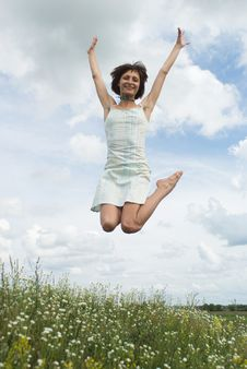 Free Jumping Girl Royalty Free Stock Photography - 10226047