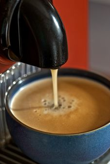 Free Fresh Coffee Royalty Free Stock Images - 10228269