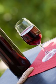 Free Wine At Table Royalty Free Stock Photography - 10231177
