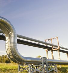 Free Industrial Pipelines Royalty Free Stock Photo - 10235985