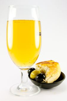 Free Glass Of Lager With Crusty Bread And Olives Royalty Free Stock Image - 10237666