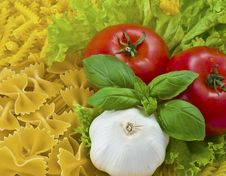 Free Tomatoes And Pasta Royalty Free Stock Photography - 10238007