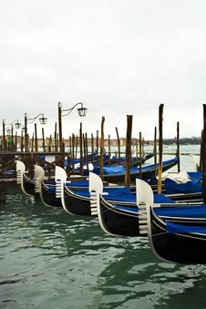 Free Gondolas In Venice Royalty Free Stock Photos - 10246808