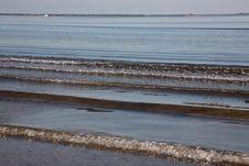 Free Waves Royalty Free Stock Photos - 10249418
