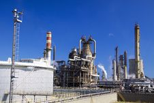 Free Oil Refinery In Italy Stock Photography - 10249532