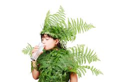 Free Pretty Little Girl Dressed In Green Plant Leafs Royalty Free Stock Image - 10254936