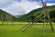 Free Shangri-La Ranch Scenery Stock Images - 10256724